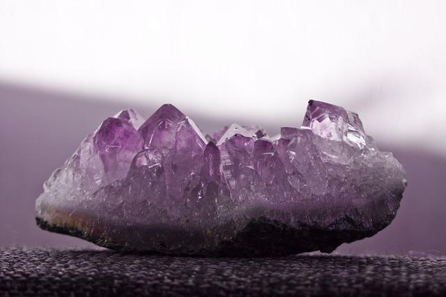 stone-3190526_640