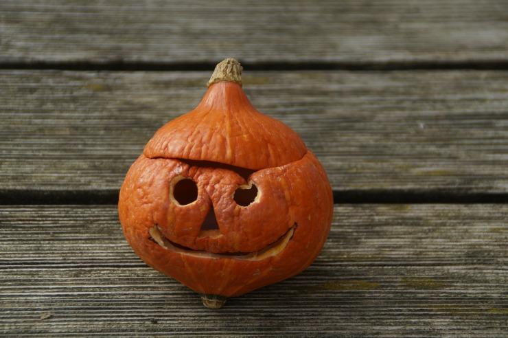 halloween-512107_1920