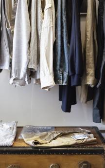 closet-1209917_1920
